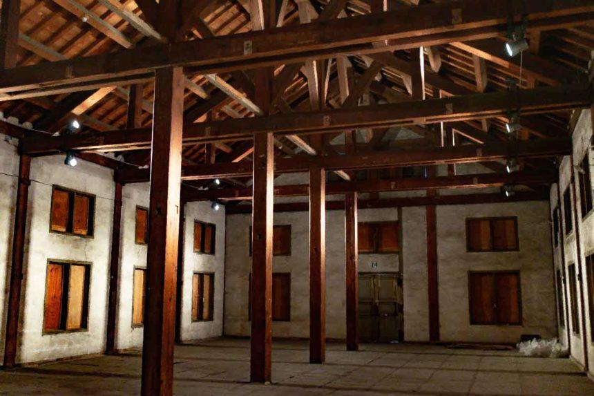 富岡製糸場の東置繭所の2階内部