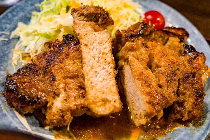 草津温泉「暖」の生姜焼き定食の生姜焼きの肉
