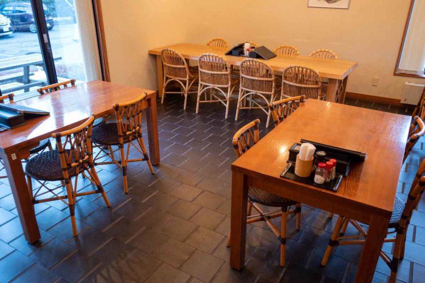 大滝乃湯のお食事処「湯の華」の店内
